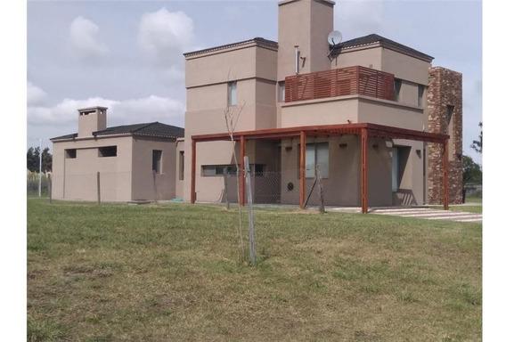 Venta Casa Cardales- Barrio Monet 4 Ambientes