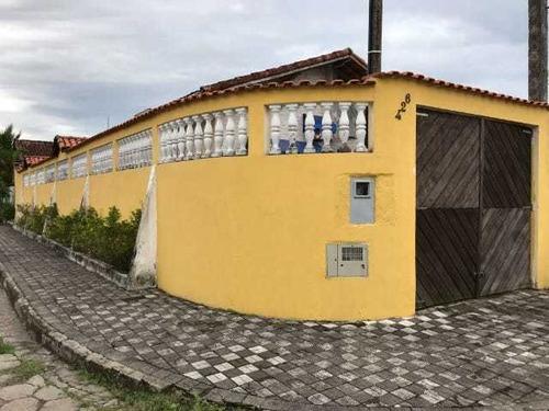 Casa À Venda A 800 Metros Da Praia De Itanhaém. 1225 M H