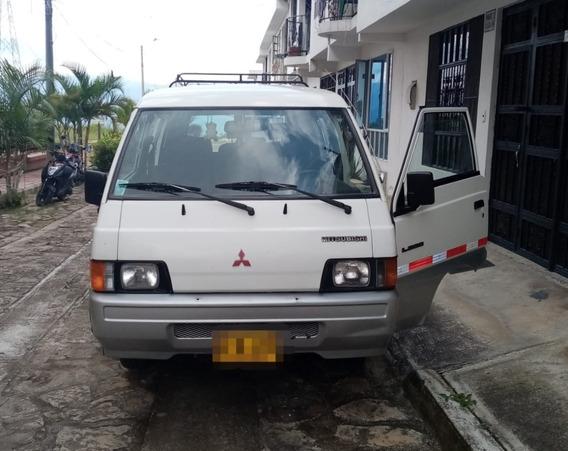Camioneta Mitsubishi L300
