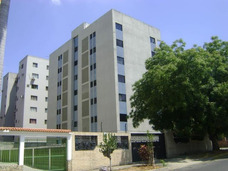 Vendo Excelente Apartamento Urb El Trigal Valencia