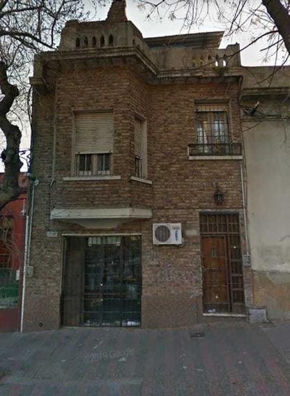 Casa De 3 Dormitorios Y Local En Goes! Azotea Exclusiva!