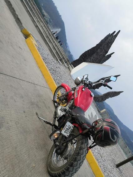 Motocicleta Dinamo Chopper