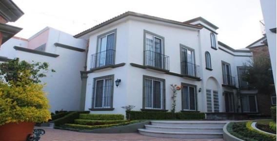Departamento Amueblado En Renta De 3 Habitaciones En Colinas Del Cimatario