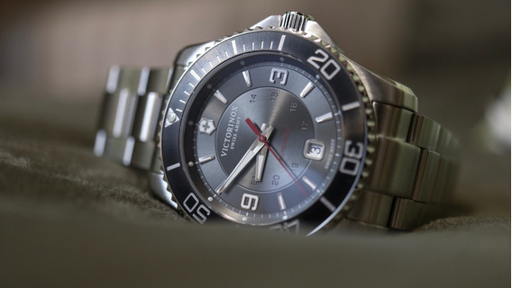 Relógio Victorinox Swiss Army Maverick Automatic 241705