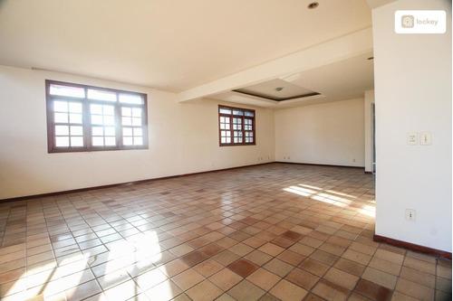Imagem 1 de 15 de Aluguel De Casa Com 650m² E 8 Quartos - 2879