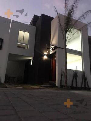 Casas En Venta Y Preventa Cerca De Periférico Y A 5 Min De Plaza San Diego