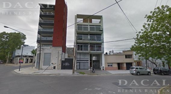 Cochera En La Plata Calle 21 E/ 61 Y 62 Dacal Bienes Raices