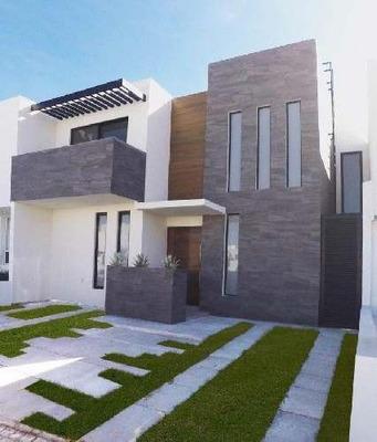 Casa Nueva En Venta En Juriquilla Con Estudio O Habitación En Pb.