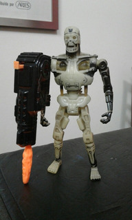 Kenner Terminator T-800 Endoskeleton Glow