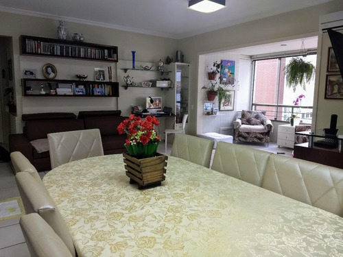 Imagem 1 de 21 de Apartamento Com 3 Dormitórios No Centro De Florianópolis - Ap5257