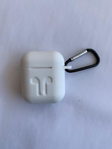 Imagen 1 de 2 de Funda Silicon Suave Tacto Seda Case AirPods Audífonos Apple