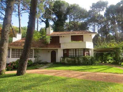 Casa Solanas Con Lindisimo Jardin Y Pileta