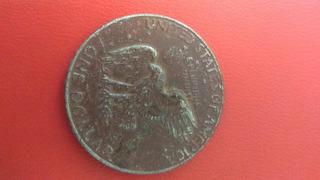Es Una Moneda De Un Dollar Año 1974