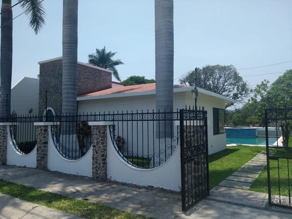 Casa En Venta En San Pedro Apatlaco, Morelos