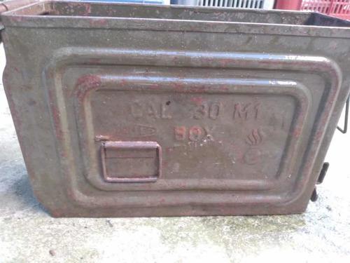 Caja De Municiones Militar Antigua