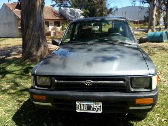 Toyota Hilux 2.8 D/cab 4x2 D 1999