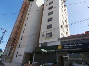 Oficina Alquiler Maracay Mls 20-8597 Ev