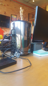 Mac Pro Late 2013 3.7 Quadcore Intel Xeon E5 Memoria 12gb