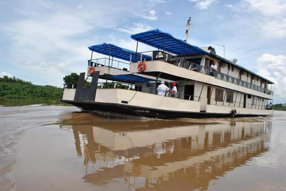 Barco Hotel No Pantanal Sul