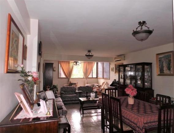 Oportunidad De Apartamento En Venta Zona Centro Mm 20-1573