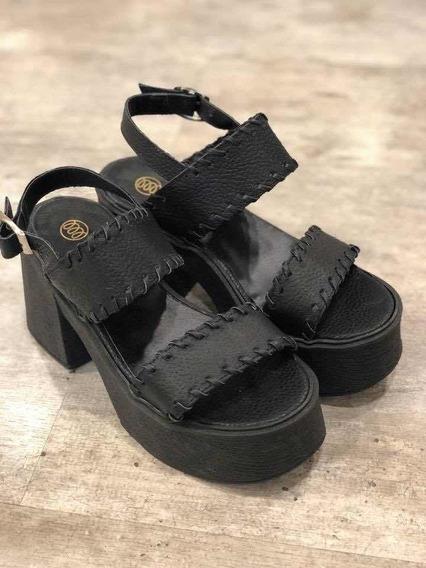 Sandalias En Cuero Nueva Colección