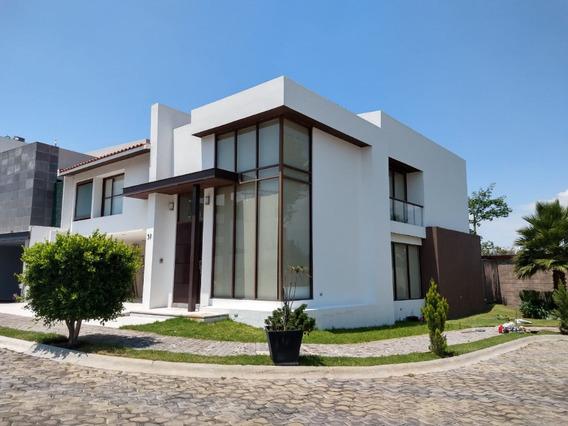 Hermosa Residencia En Renta- Venta Parque Cairo 4 Recs.