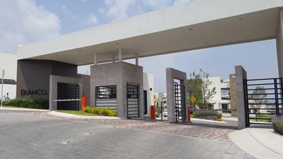 Renta De Habitaciones De Lujo En Zibata Qro, Demanny