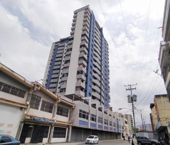 Apartamento En Venta Zona Centro Maracay Aragua Mj 20-8769