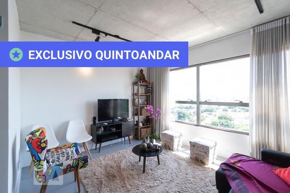 Apartamento No 13º Andar Mobiliado Com 2 Dormitórios E 2 Garagens - Id: 892984707 - 284707
