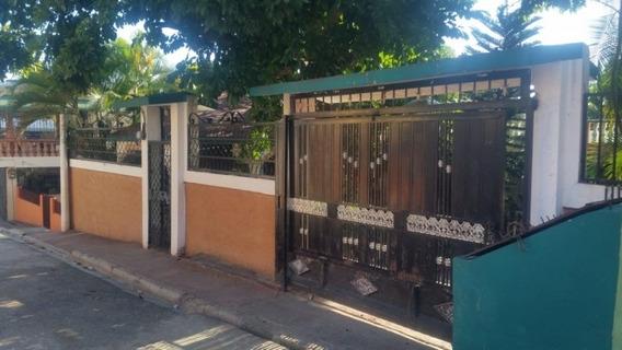 Vendo Casa En San Cristobal Posee Dos Patios Un Nivel