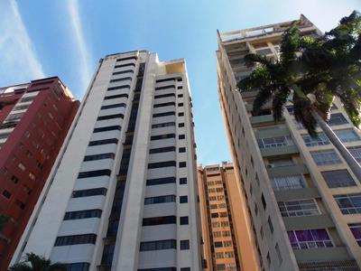 Rab Vende Amplio Y Luminoso Apartamento En La Av Bolivar