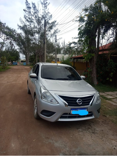 Nissan Versa 1.6 Sv Automático 2017
