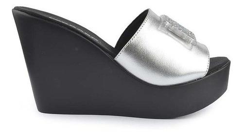 Imagen 1 de 5 de Zuecos De Mujer Sandalas De Charol Cozumel - Ferraro