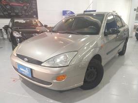 Ford Focus 1.8 Glx Sedan 16v Gasolina 4p Manual