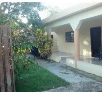 Casa Ubicada En El Residencial Campo Lindo, La Caleta, Santo