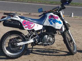 Vendo Suzuki Dr 650 Modelo 1993