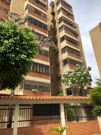 Apartamento Edificio Cayaurima