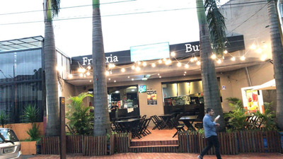 Hamburgueria Restaurante Frutaria Barzinho Na Zona Norte .