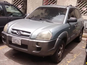 Hyundai Tucson Gl 4x4 - Secuencial