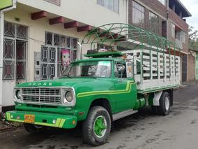 Camioneta Estacas Dodge 1977 ($24.500.000) Inf: 3112143753