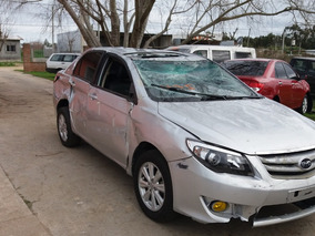 Byd New F3 Chocado Resto De Banco Por Partes