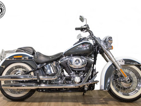 Harley Davidson - Softail Deluxe