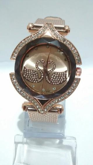 Relógio Feminino Dourado Luxo Delicado Para Mulheres Lindas E Maravilhosas