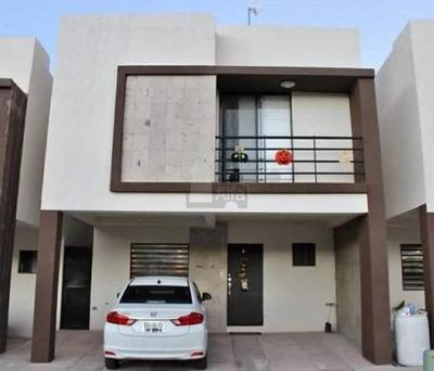 Casa Habitación Residencial Las Lunas