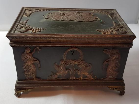 Caixa Porta Joias Antiga Em Bronze Grecco Romana Século 19