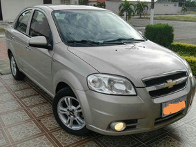 Chevrolet Aveo Emotion Advance 2014 Color Dorado