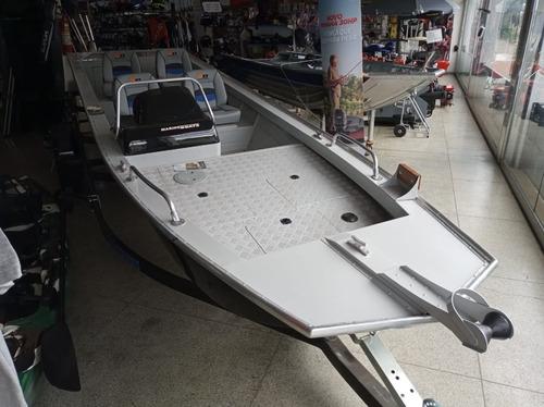 Casco Barco M.b. Nublar 600 Pesca 12x No Cartão S/acréscimo.