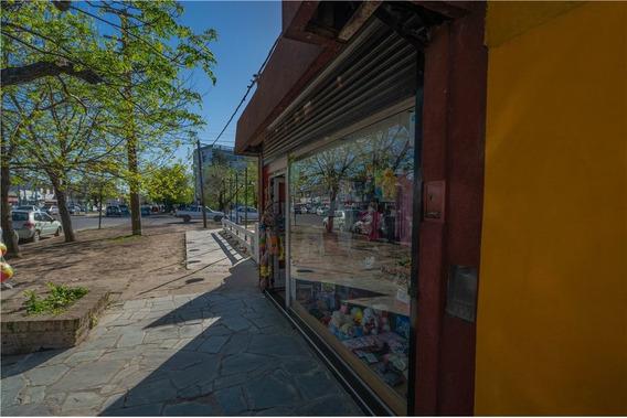 Venta Local Comercial Gonnet Zona Hosp. San Roque