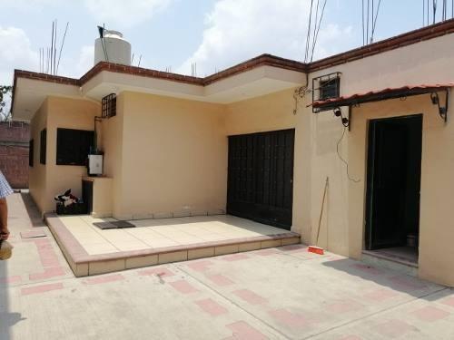 Casa De 1 Nivel En La Col. Gabriel Tepepa