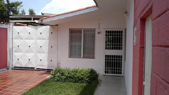 Casa En Venta Chucho Briceño Cabudare 20-1868 A&y